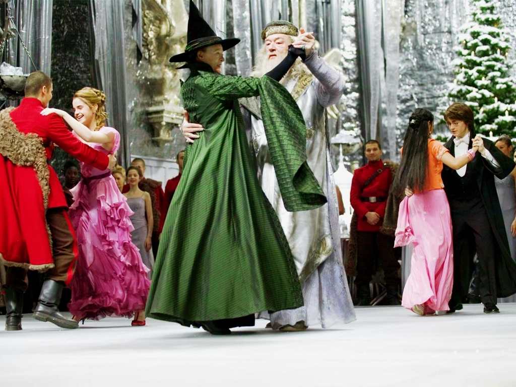 Yule Ball Traverse Area District Library