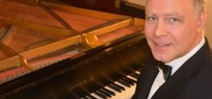 Holiday Concert:  Peter Bergin